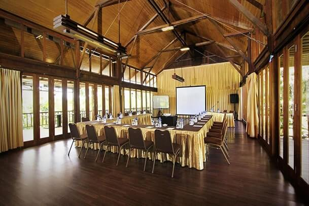 Meeting Room Green Forest