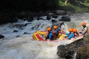Fun Outbound dan Rafting Cisadane